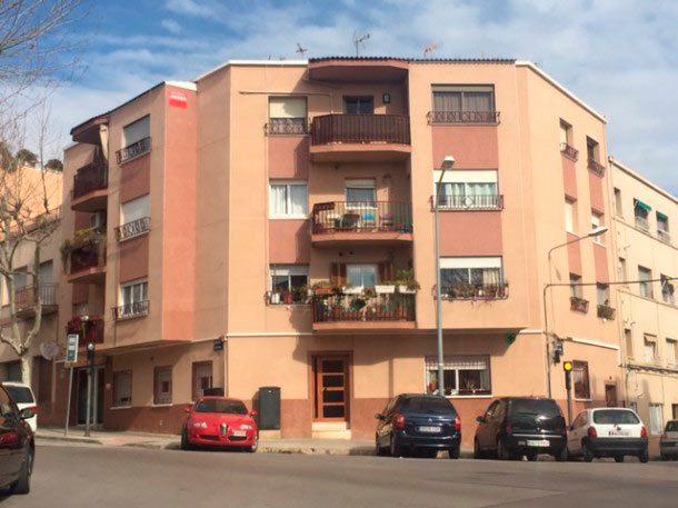 Rehabilitación de Fachadas en Terrassa – Calle Adra