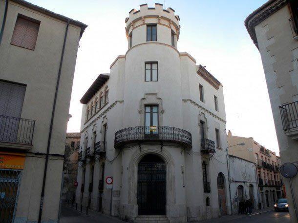 Calle Pere IV de Barcelona y Castillo de Vilafranca del Penedes