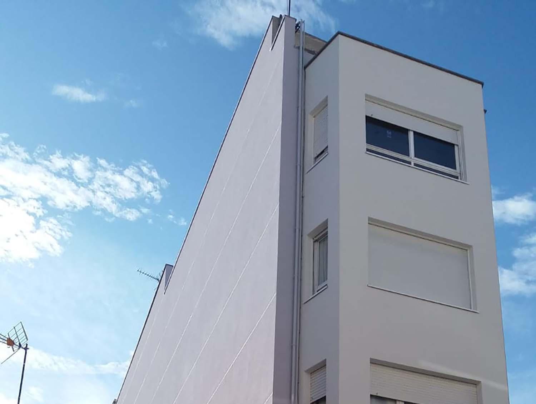 Proyector de rehabilitación barcelona Infant Marti 155 Terrassa img top